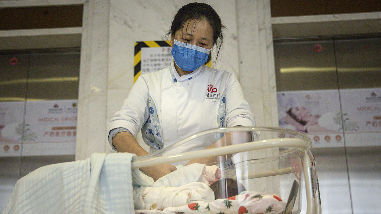 Coronavirus Update - CDC Recommends Separating Potentially Infected Mothers From Newborn Children