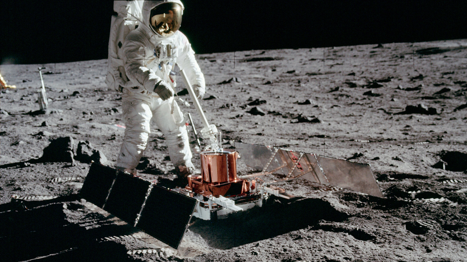 Moon Not Just A Dead Celestial Body - Seismic Activity Detected