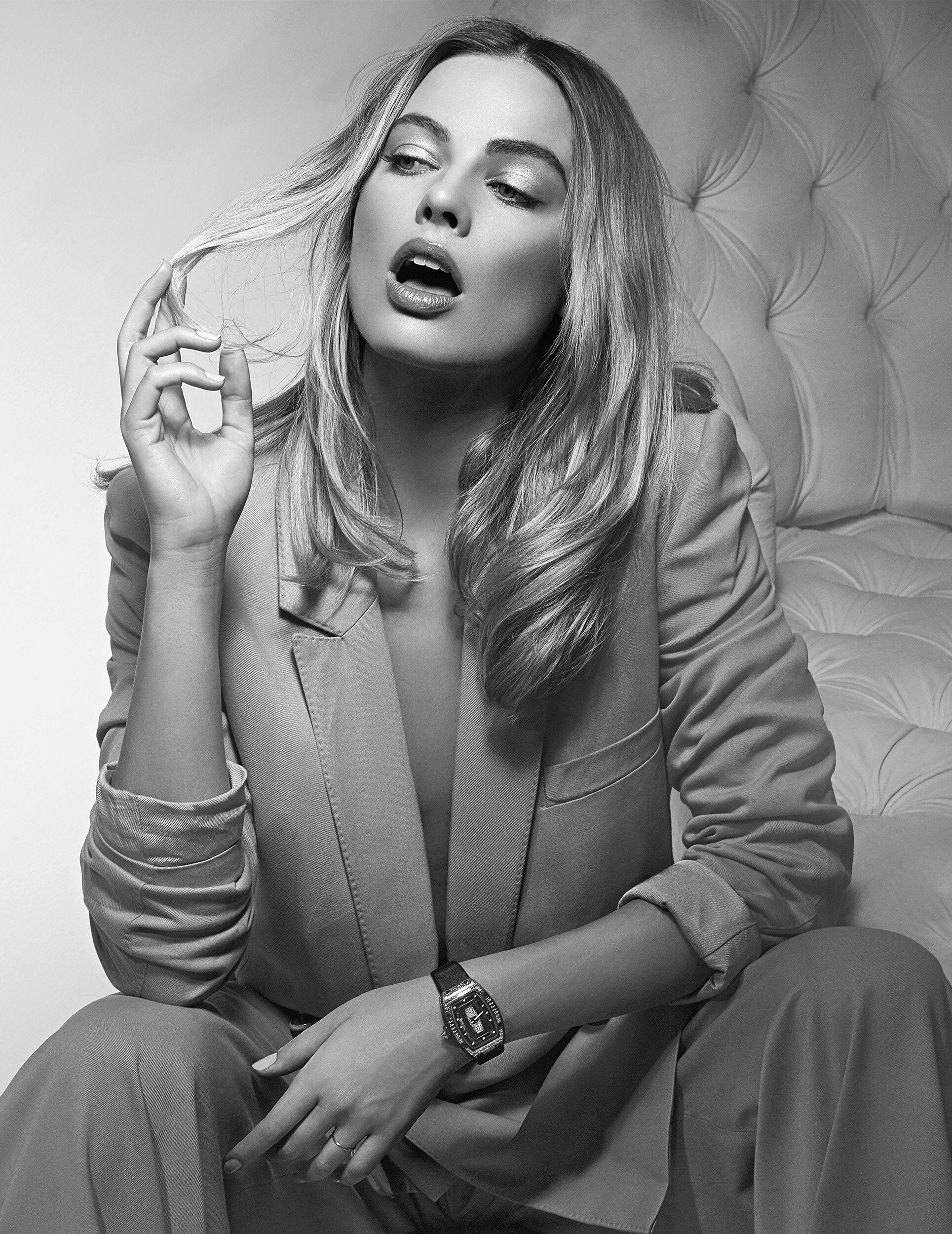 Margot Robbie And Her World Of Beauty